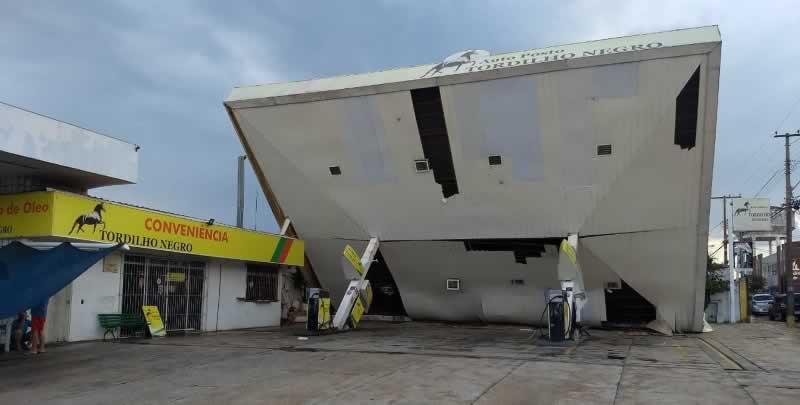 Temporal com granizo faz estragos em Bauru