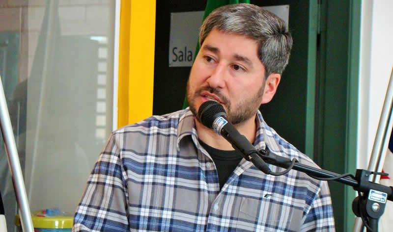 Deputado Fernando Cury discursando